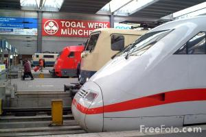 25_11_6-german-ice-train-at-munich_web1