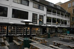 The_George_Inn_2