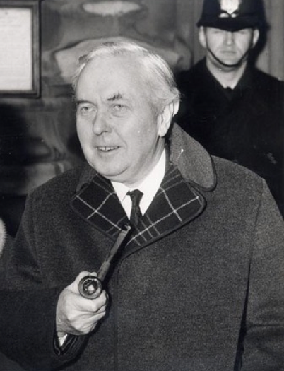 Harold-Wilson-Gannex-Coat-Kagan-Hunted-and-Stuffed